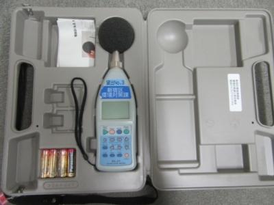 騒音計 騒音計 振動計 本ページに関するお問い合わせ 新宿区 環境清掃部-環境対... 騒音計・